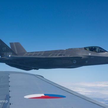 KDC-10 vlucht met de F-35